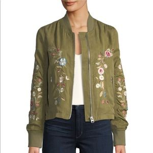 Driftwood Zoe floral bomber green jacket sz small